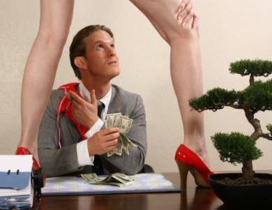 8 segredos que as strippers escondem de você...